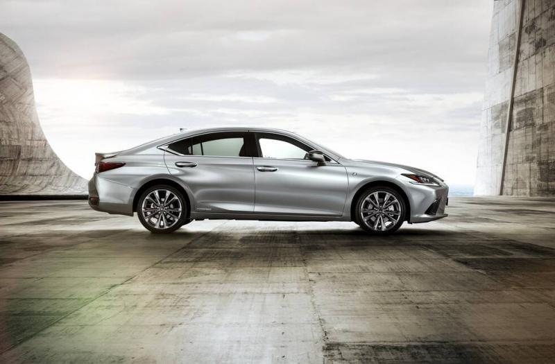 Bild von Lexus ES