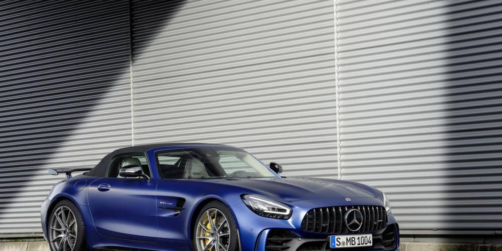 Mercedes AMG GT Roads.