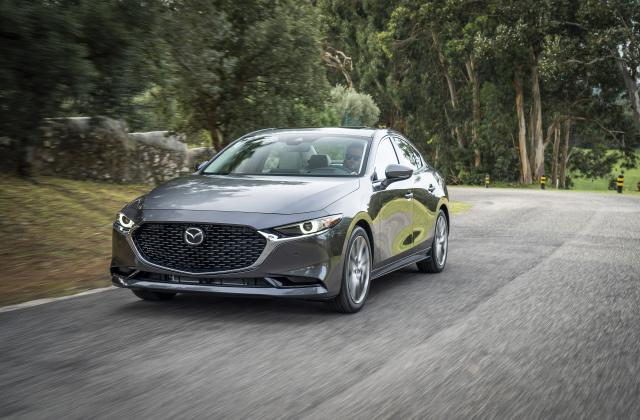 Foto von Mazda 3 Limousine