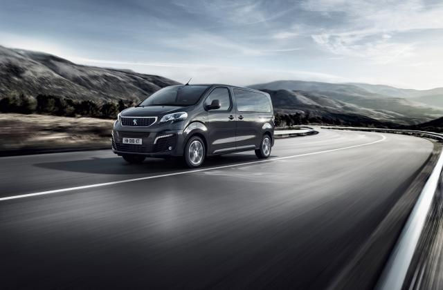 Foto von Peugeot e-Traveller