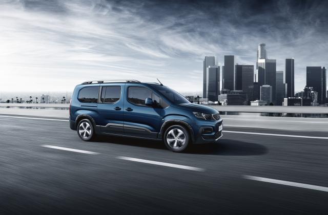 Foto von Peugeot Rifter Elektro