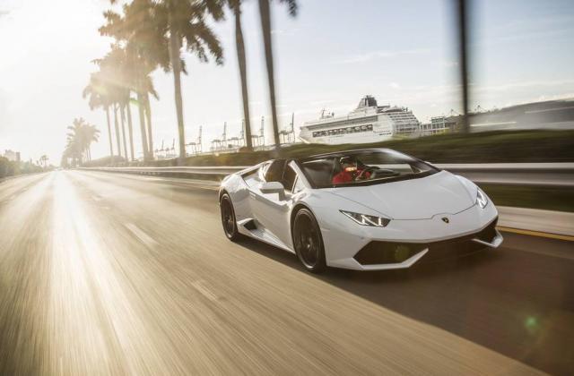 Foto von Lamborghini Huracan Spyder